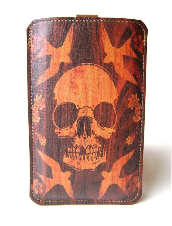 Leather iPhone/iTouch/HTC (Desire/Mozart) Case - Skull on wood