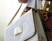 Vintage Patten Leather Ivory Handbag with rectangular opal-like button