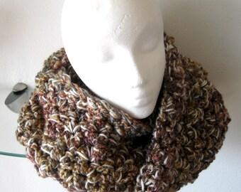 Cowl Crocheted Neck Warmer Scarf Mobius Twist Muffler Tweed Carmel Plum Coral Cream