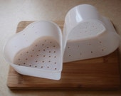 2 heart-shaped cheese molds (Coeur a la Creme style)