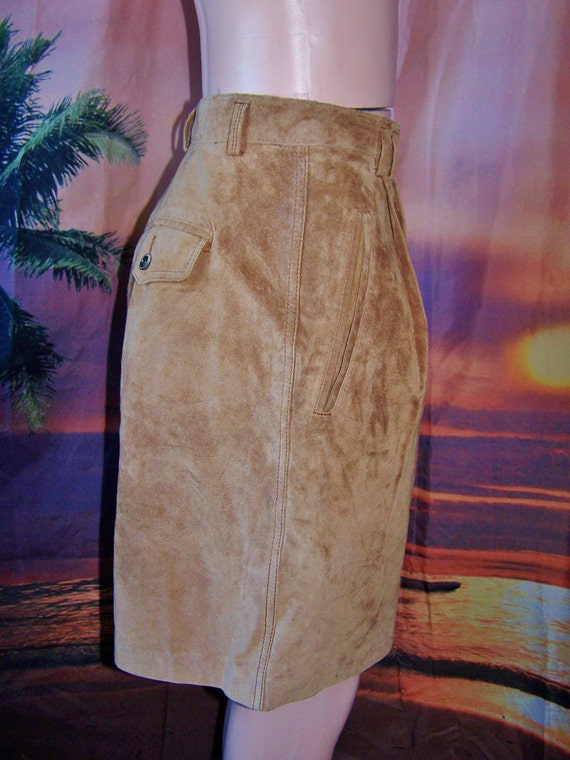 Leather shorts High waist Designer Tan Suede size L BuY 2 GeT 1 FREE SALE on now