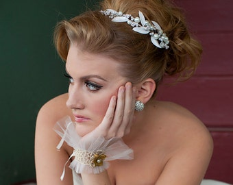 Tiara of pearls and vintage glass leaves, bridal headpiece