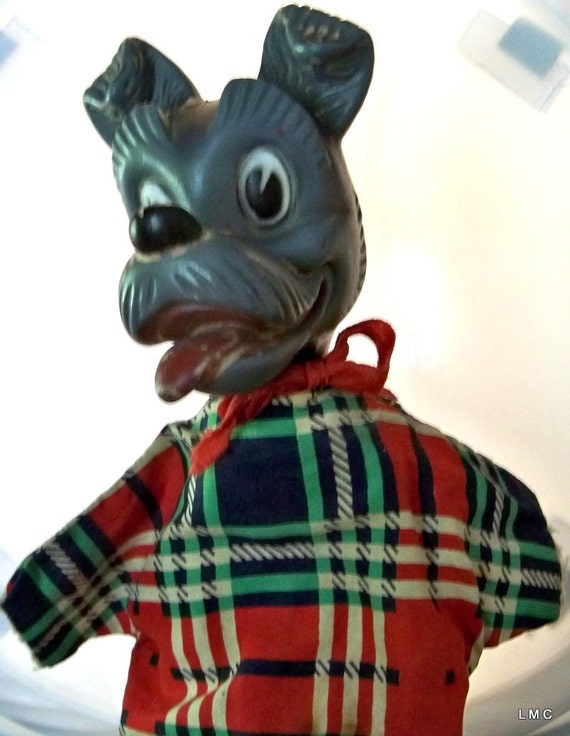 DISNEY TRAMP-Gund Hand Puppet-Disney Movie-Lady and The Tramp