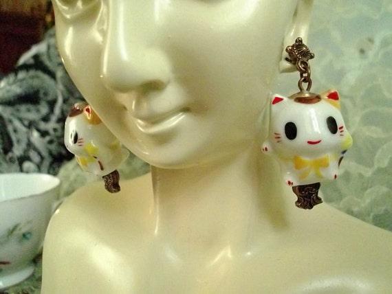 Kawaii Kitty Hugs Ceramic Bead Cat Earrings in Copper