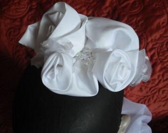 Bridal Comb White Roses