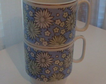 1970s Two Periwinkle and Mint Daisy Mugs