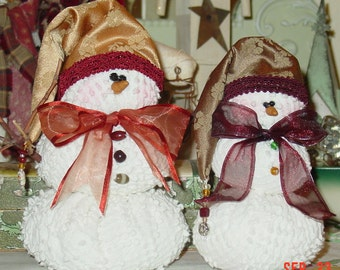 "PDF Pattern . . . . . . . . .Digital copy . . . . . . . . . ...  Snowy (9"") and Flake (7"") snowmen 129Epdf"