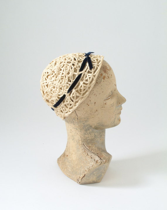 1930s White Cloche Hat: Vintage Ivory Lace Gimp Cap, Bridal Hat, Wedding Spring Summer