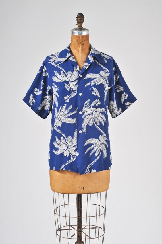 1940s Blue Hawaiian Rayon Shirt: Vintage Men's Leisure Wear Label, Short Sleeves, Palm Tree Pattern, Summer Patio, Resort, Beach