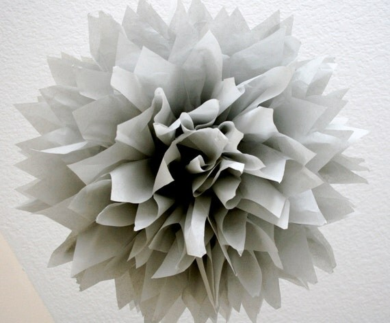 SMOKE / 1 tissue paper pom pom / diy / wedding decorations / silver anniversary / gray decorations / nursery pom decorations / pompom