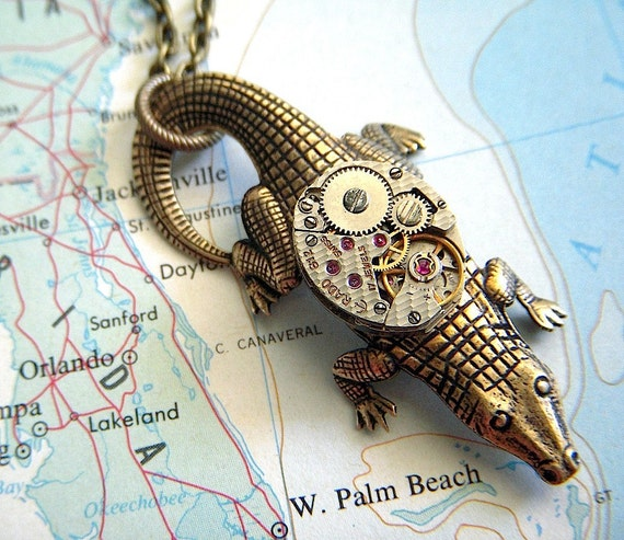Steampunk Necklace Alligator Necklace Tiny Vintage Watch Movement Crocodile Necklace Unique Pendant Women's Steampunk Jewelry