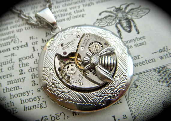 Steampunk Necklace Silver Bee Locket Round Waltham USA Vintage Watch Movement Gothic Victorian Bee Jewelry
