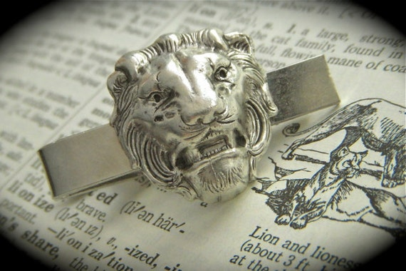 Lion Tie Clip Silver Plated Lion's Head Gothic Victorian Vintage Inspired Tie Bar Safari Lion Men's Accessories From Cosmic Firefly
