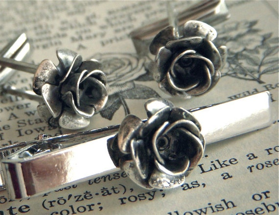 Steampunk Rose Cufflinks & Rose Tie Clip Set of 3 Gothic Victorian Roses Silver Black Antiqued Metal Flowers Vintage Inspired