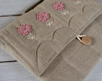Laptop sleeve for a 13 inch Macbook/ linen/ handle