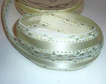 Vintage Lace Edge Ribbon Ivory Satin Ribbon 10 yards  Bows gift wrap Crafts Florist Floral Supply
