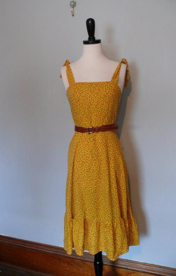 vintage 1970s Dress  // Yellow Daisy Sundress