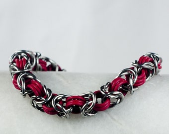 Red - Chainmaille Bracelet - Stretchy Byzantine Pattern