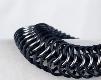 Black - Chainmaille Bracelet - Stretchy