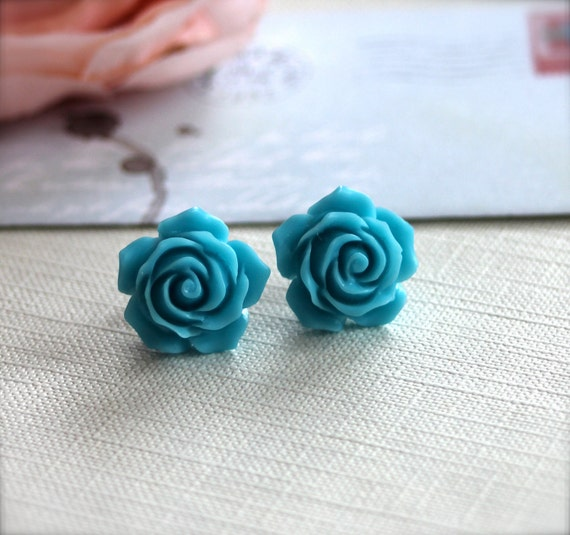 A Sweet Turquoise Blue Flower Ear Post Earrings. For Her. Womans earrings. Earrings for Teens. Earrings for Girls. Bridesmaid Earrings.