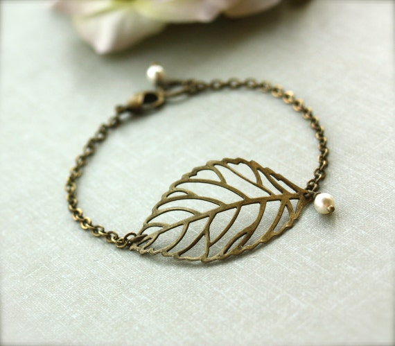 Antiqued Brass Leaf Bracelet Antiqued Bronze Leaf Ivory Pearl Bracelet Rustic Leaf Bracelet Nature Inspired Bracelet Woodland Forest Jewelry