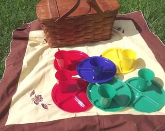 50s Jerywil Picnic Basket Set Vintage Wov n Wood w Original Plates