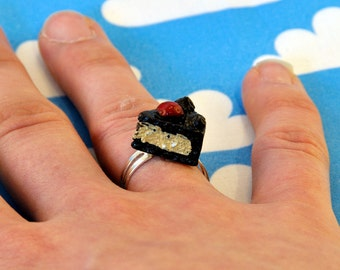 Kawaii Chocolate Cake Ring Adjustable