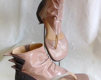 Tarni Sandal - bootie sandal with fins