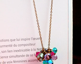 Emerald Fuchsia long necklace in vintage gold chain