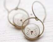 White Butterfly earrings - Natural history (E096)