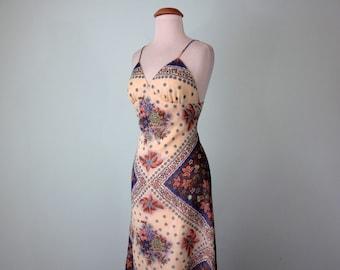 70s maxi dress / scarf print summer festival halter sundress (xs - s)