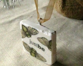 Bee Christmas Ornament - Gift Box - Ready to Ship