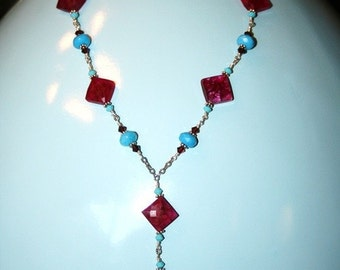 Garnet and howlite necklace