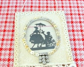 Under the Parasol - Vintage Inspired Silhouette Wall Hanging