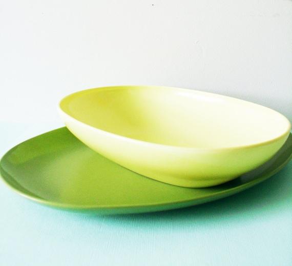 Bright Vintage Melmac Platters / Mid Century Melamine Serving Dishes / Lemon and Avocado Kitchen Platters / Retro Melamine