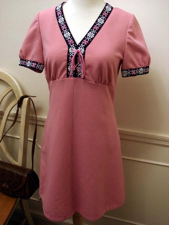 Vintage 1970s Pink Polyester  Mini Dress Size Medium by Diolen LOFT