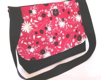 Bouquet in Red - Messenger Style Bag