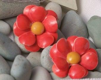 Big reddish-orange & yellow stunning vintage clip earrings