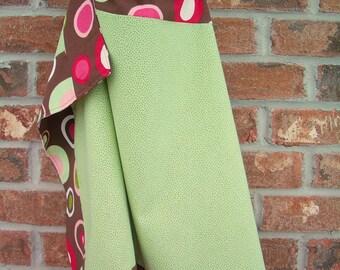 Nursing Cover reversible green