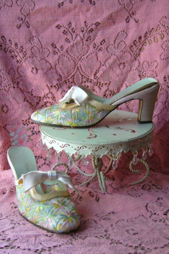 JACQUES LEVINE Embroidered Pink Satin Mules, 1970's, Sz 6.5M