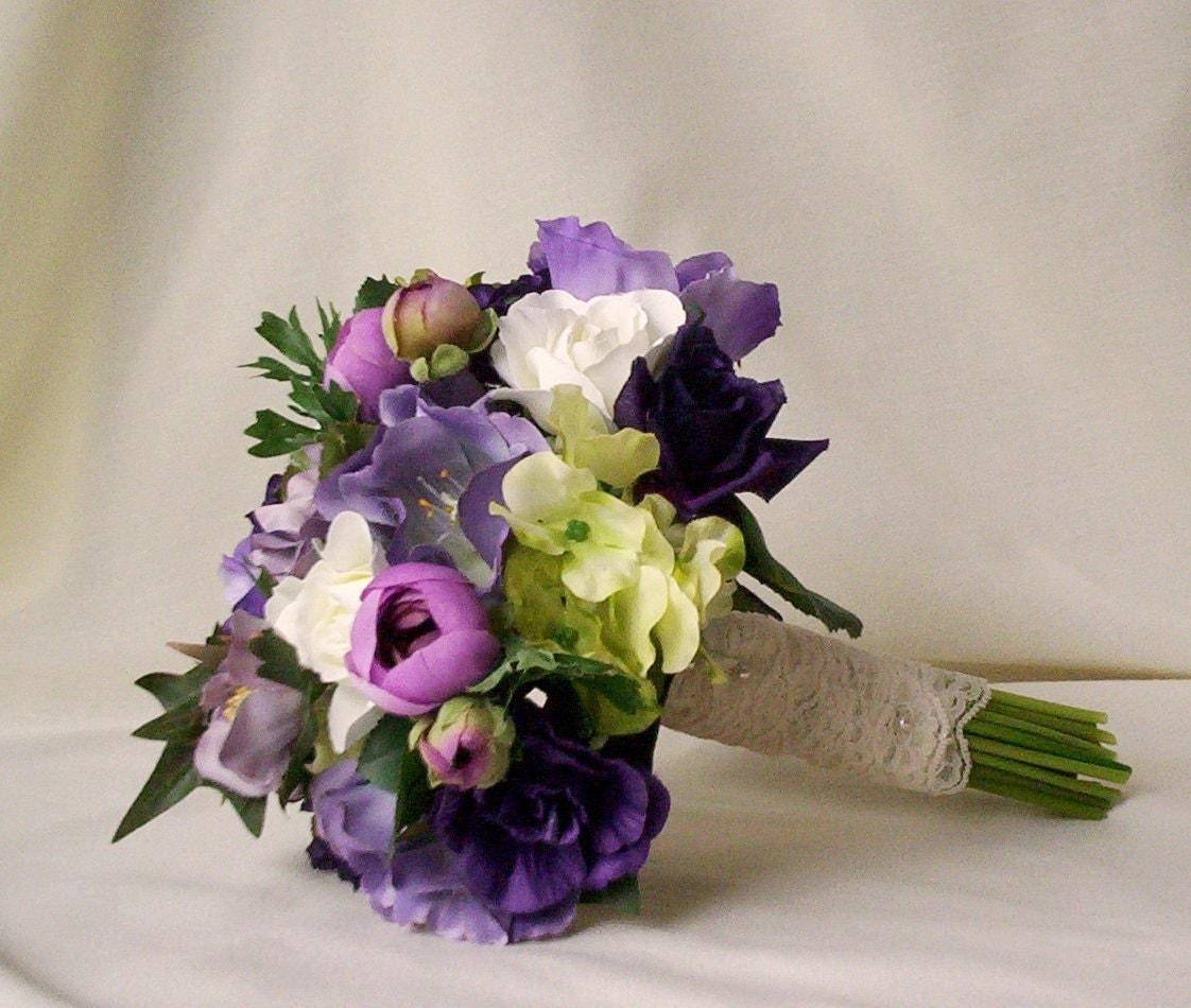 2014 Wedding Trends Bridal Bridesmaid Idea Bouquet Purple