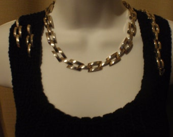 Vintage Heavy Metal Necklace, Bracelet, Earrings, in  heavy silver tone metal, for women and teens