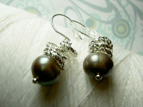 Jump In the Water is Fine - pewter pearl earrings / grey pearl earrings / pearl earrings / wedding jewelry / grey earrings / pewter earrings