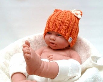 Cute orange Baby Kitty hat - organic cotton - with cream flower - photo prop