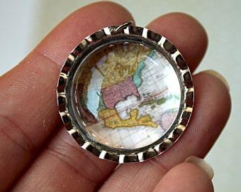 1 pc Handmade WORLD MAP Photo BOTTLECAP Charm/Pendant-Map charm-World Pendant-Map Pendant-Photo pendant