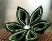 Kanzashi hair clip, green hair flower, silk, woodland, Japanese hair accessories, wedding, bridal, fascinator, hair bow, UK, handmade
