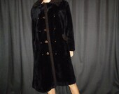 """FUR-Sure - Vintage 50's - Black - Faux FUR Mink - Coat with Faux Lamb Trim - may fit a large or extra large woman - 44"""" bust"""