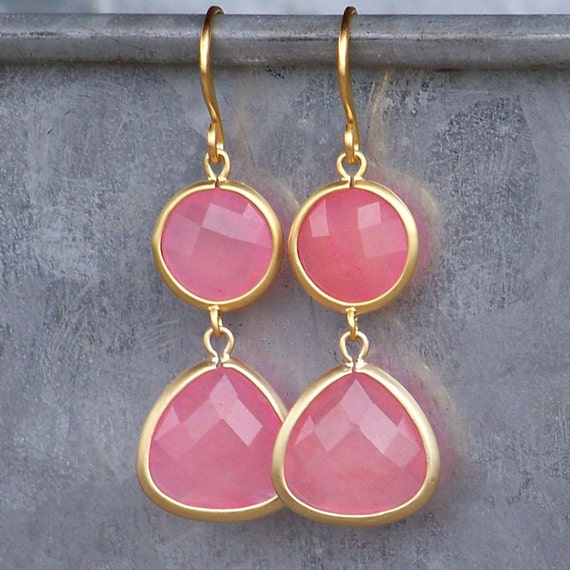 Sale! Faceted Rose Aventurine Framed in Gold with Gold French Earrings