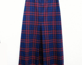 60s Skirt Plaid size 10 27 inch waist Secretarial Sixties Latiffa Red Blue Black Poly