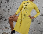 Vintage 60's Yellow Bambo Print Mandarin Dress